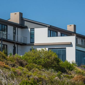 House Carstens, Breakwater Bay